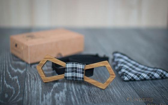 Classic Wooden Bow Tie <PUBLIC  LIGHT> Accessory for Men