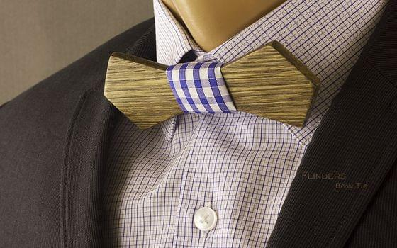Classic Wooden Bow Tie <PUBLIC> Brown Oak