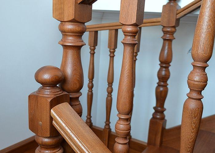 Swing Stair / Wooden Oak Stair