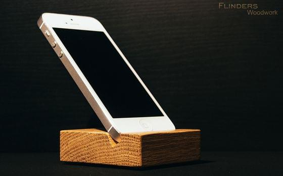 Stand for iPhone 4+5+6 <iEasy> Stand for Smartphone